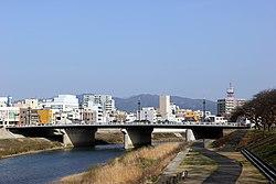 Saiwai bridge.jpg