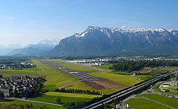 Salzburg Airport LOWS RWY check flt u left base RWY15.jpg
