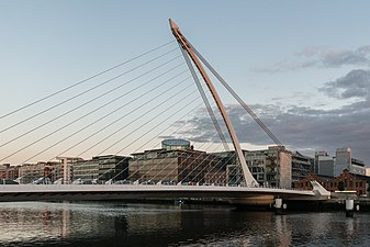Samuel Beckett Bridge, Dublin 20150807 1