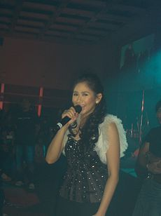 Sarah Geronimo in London.JPG