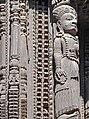 Sculpture de fenêtre newar (Bhaktapur) (8555630818).jpg