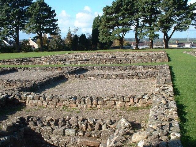 Segontium Roman Fort - geograph.org.uk - 1287434