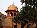 Shalimar Garden Tomb in the end Lahore.jpg