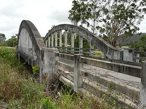 Pacific Highway (Australia) - Shark Creek bridge near Maclean, formerly part of the Pacific Highway