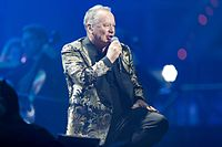 Simple Minds - 2016330224242 2016-11-25 Night of the Proms - Sven - 1D X - 0764 - DV3P2904 mod.jpg
