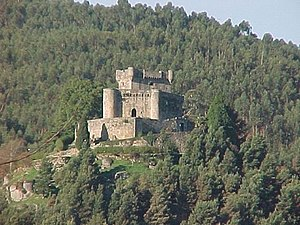 Gómez Núñez - Castle of Sobroso, one of a string along the Galician–Portuguese border held by Gómez. This one was taken by Urraca during her punitive expedition against Gómez in 1116, but she herself ended up besieged and defeated in it.