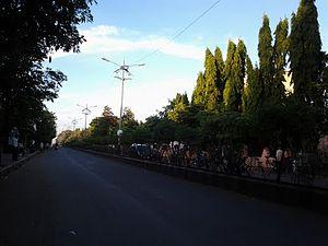 Baramati - Image: Station Road, Baramati
