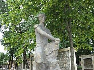 Abbasgulu Bakikhanov - Image: Statue of Abbasgulu Agha Bakykhanov