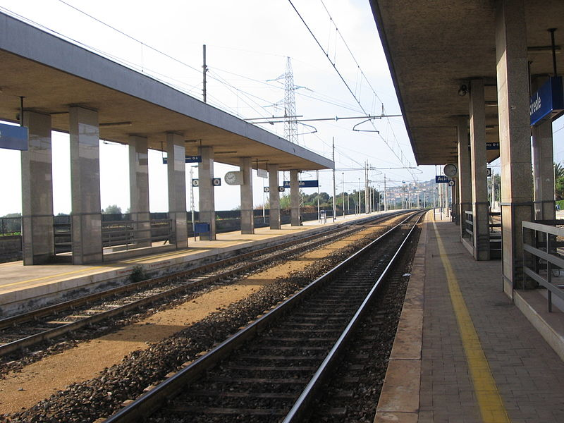 Ferrovie - Photo credit:  LuckyLisp at Italian Wikipedia