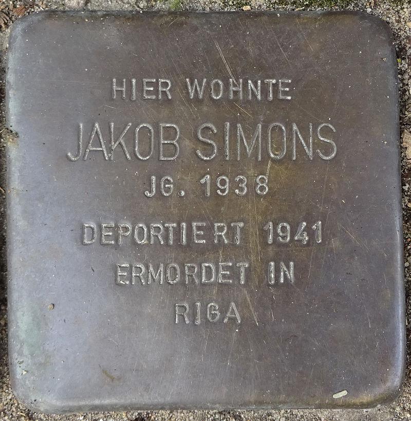 Stolperstein Herrenweide 23 (Jakob Simons) in Hamburg-St. Pauli.JPG