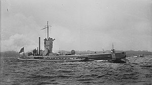 Submarine U-10 at full speed LOC 6358167139.jpg