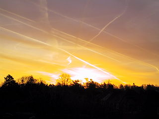 Sunrise in Newbury, 2003.jpg