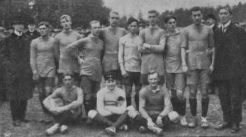 The Sweden team in 1911.