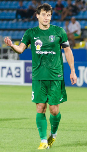 Syarhey Amelyanchuk - With Tom Tomsk in 2013