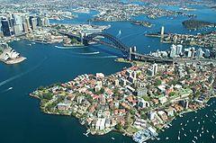 Vista a�rea de Sydney.A maior parte dos Australianos vivem em zonas urbanas.