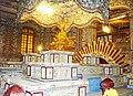 Tượng vua Khải Định ở cung Thiên Định (Ứng Lăng).JPG