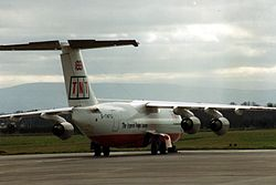 TNT Airways (G-TNTG), Dublin, February 1993 (04).jpg