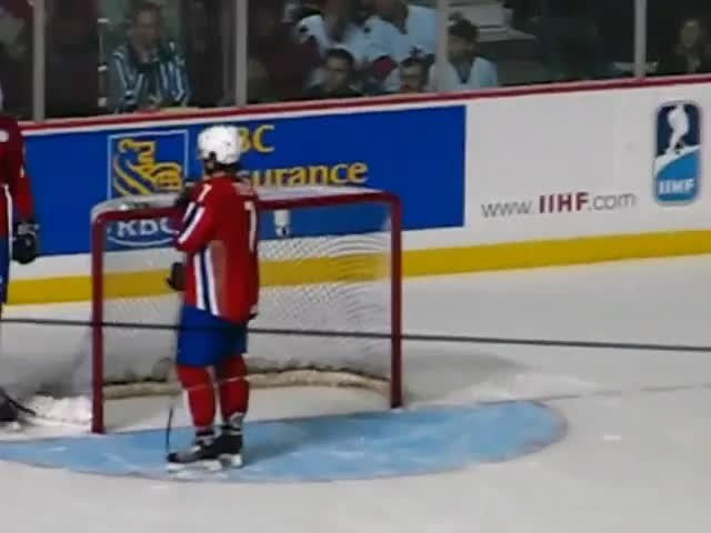 FileTeam Canada Shot On Goal Vs Norway At World Juniors Vancouver 2006webm