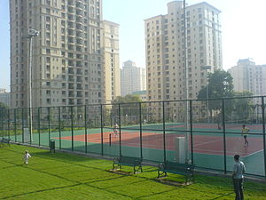 Hiranandani Estate - Image: Tenniscourts