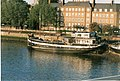 Thames Houseboat - geograph.org.uk - 347412.jpg