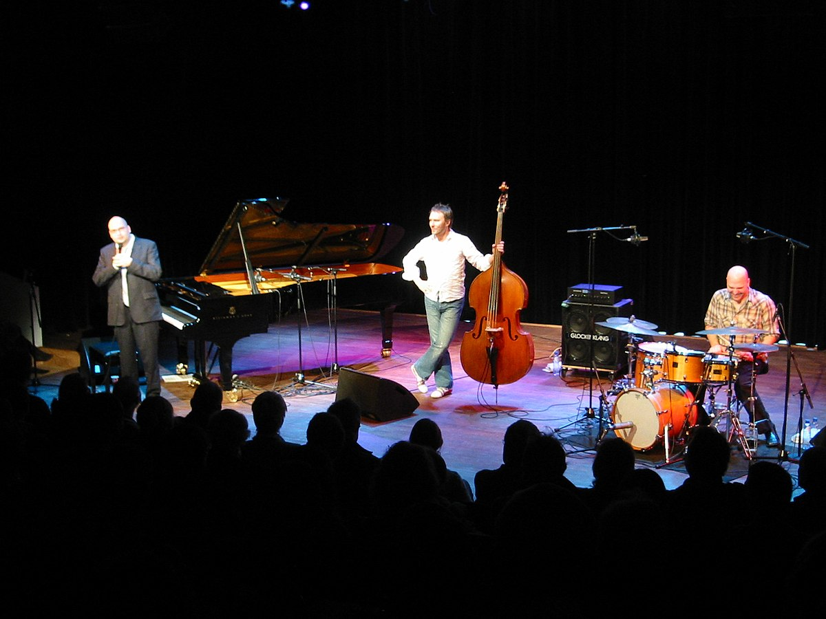 Foto bad  The Bad Plus – Wikipedia