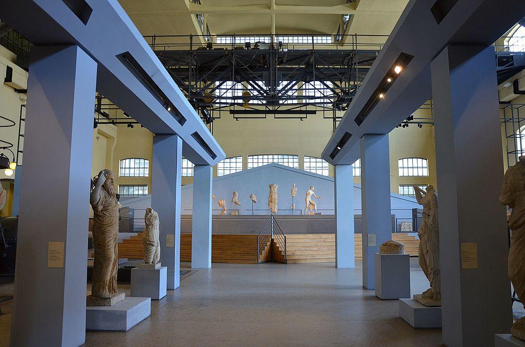 Salles des machines du musée d'antiquités Centrale Montemartini à Rome. Photo de Carole Raddato