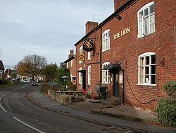 The Lion, Clifton-upon-Teme.jpg