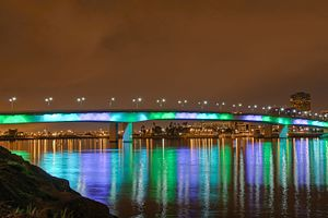 Queensway Twin Bridges - Image: The Midnight (4263740015)