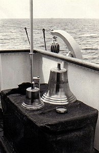 The ship's bell from the German cargo ship Bernhard Howaldt - 1957.jpg