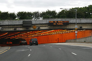 Interstate 395 (Virginia–District of Columbia) - Entrance to Third Street Tunnel (2009)