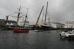 Tonnerres de Brest 2012 - Mise à l'eau Fée de l'Aulne 01.jpg