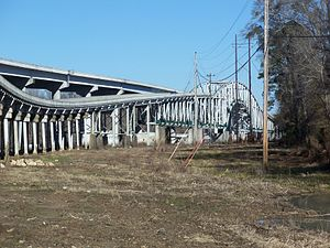 Trammell Bridge - Image: Trammell Bridge FL old and new east 07