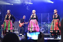 Tulia (musical group), Sanok, Blonia am San.JPG