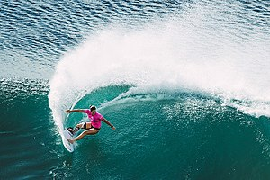 Tyler Wright (surfer) - Wright surfing at Honoloua Bay in the Maui Women's Pro, Maui 2017,