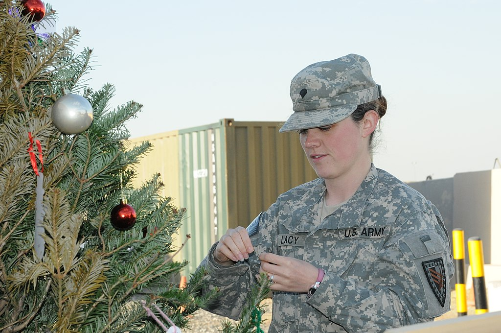 File:U.S. Army Spc. Sheena Lacy with the Indiana National ...