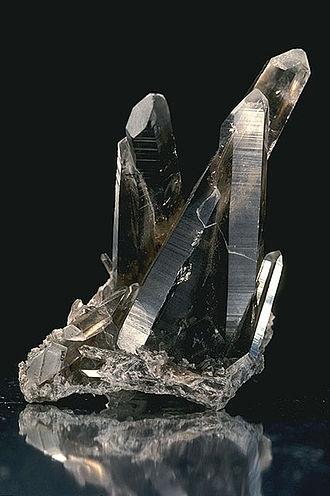 Smoky quartz - Image: USDA Mineral Smokey Quartz 93v 3949