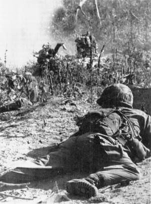 Battle of Gang Toi - Image: US 1 503rd paratrooper Operation Hump SVN November 1965