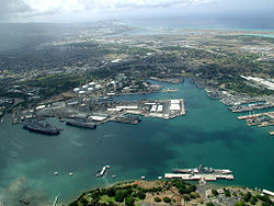 US Navy 040630-N-2911P-004 Ships from seven participating nations sit pier side at Pearl Harbor, Hawaii, awaiting the start of exercise Rim of the Pacific (RIMPAC) 2004.jpg