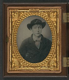 Unidentified young soldier in Confederate uniform with Company C, 11th Virginia Regiment slouch hat LOC 5229180722.jpg