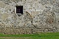 Unterzeiring - Schloss Hanfelden - 21 - Reste des ehemaligen nördlichen Tores.jpg