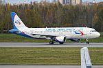 Ural Airlines, VP-BFZ, Airbus A320-214 (16270408167) (2).jpg