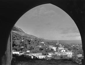 Utsikt från gamla skolan. Lapithos - SMVK - C00932.tif
