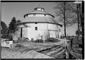 VIEW FROM THE SOUTHWEST - Ranck Round Barn, Fayette-Wayne County Line Road, Waterloo, Fayette County, IN HABS IND,21-WATLO.V,1A-3.tif