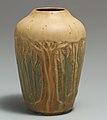 Vase MET DP116162 (cropped).jpg