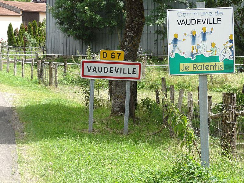 Vaudeville (M-et-M) city limit sign