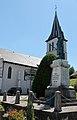 Vaulx-Église et monument aux Morts (2017).jpg