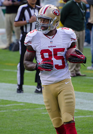 Vernon Davis - San Francisco vs Green Bay 2012 (2).jpg