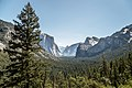 View from the Tunnel - Yosemite Park (19586003479).jpg