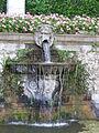 Villa reale di marlia, teatro d'acqua, fontana con vasca e mascherone 04.JPG