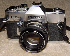 Vintage Petri Model FT EE 35mm SLR Film Camera, Circa 1969 - 1973 (13999258349).jpg